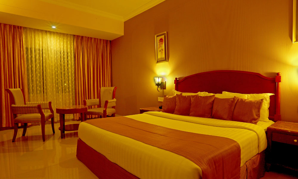camelothotel-room2